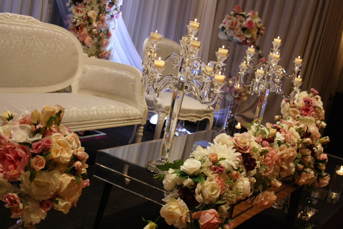 Photo 5. &nbsp;<b>Wedding Stage with Floral Frame</b>