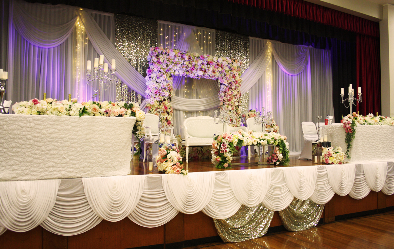Photo 23. &nbsp;<b>Wedding Stage with Floral Frame</b>